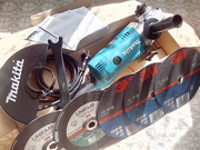Продам угловую шлифовальную машину (болгарку) Makita GA9020RF Кобрин